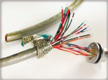 custom cable manufacturer Canada